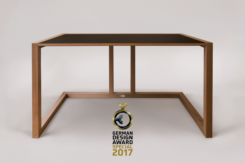 German Design Award – Excellent Product Design & Furniture – purisTISCH