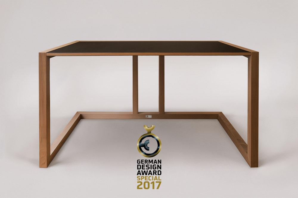 German Design Award – Excellent Product Design & Furniture – purisTISCH